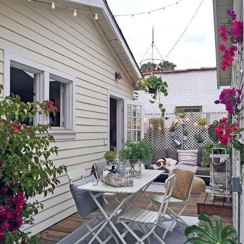 Giật mình với ngôi nhà 36m2 sân vườn đẹp như mơ của cô gái 20 tuổi